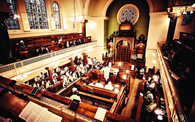 A barmitzvah at Lauderdale Road Synagogue, Maida Vale, London.  Credit: Blake Ezra