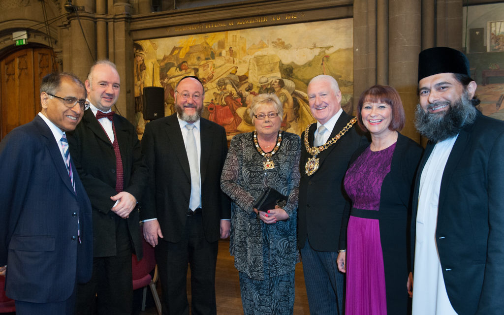 From Left to right: Mohammed Amin, Co-Chair of the Forum,  Jonny Wineberg, Master of Ceremonies and past Co-Chair of the Forum. Chief Rabbi Ephraim Mirvis, The Lady Mayoress Mrs Murphy, The Lord Mayor of Manchester Cllr Paul Murphy OBE,  Heather Fletcher, Co-Chair of the Forum, Shaykh Ibrahim Mogra.