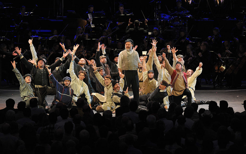 Fiddler On The Roof At The Proms Gets Ripples Of Mazel Tov