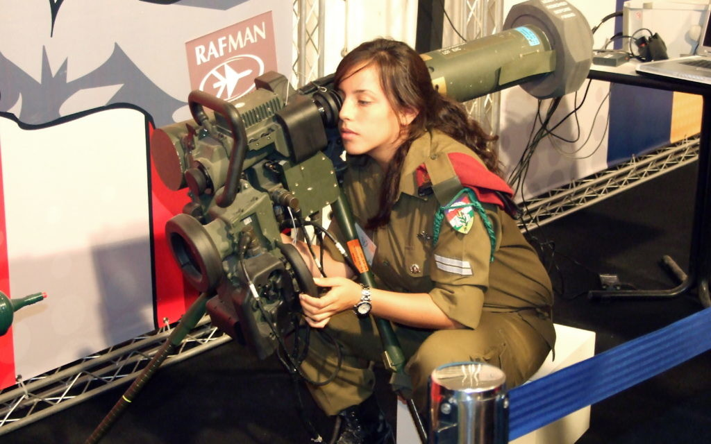 Israeli soldier with Gil type Spike launcher
