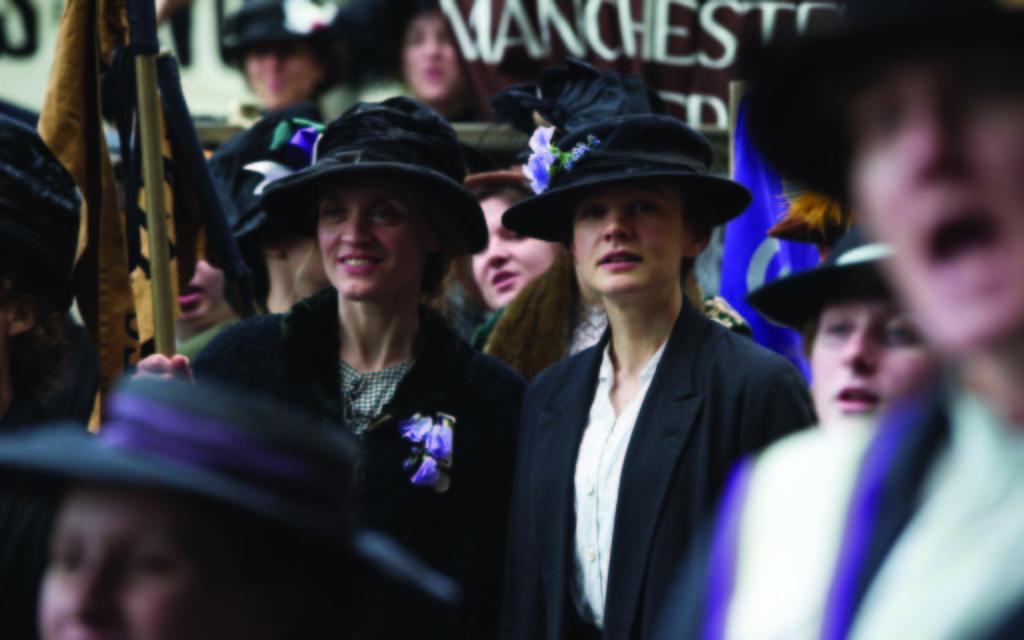 Anne-Marie Duff (Violet) and Carey Mulligan (Maud) in SUFFRAGETTE