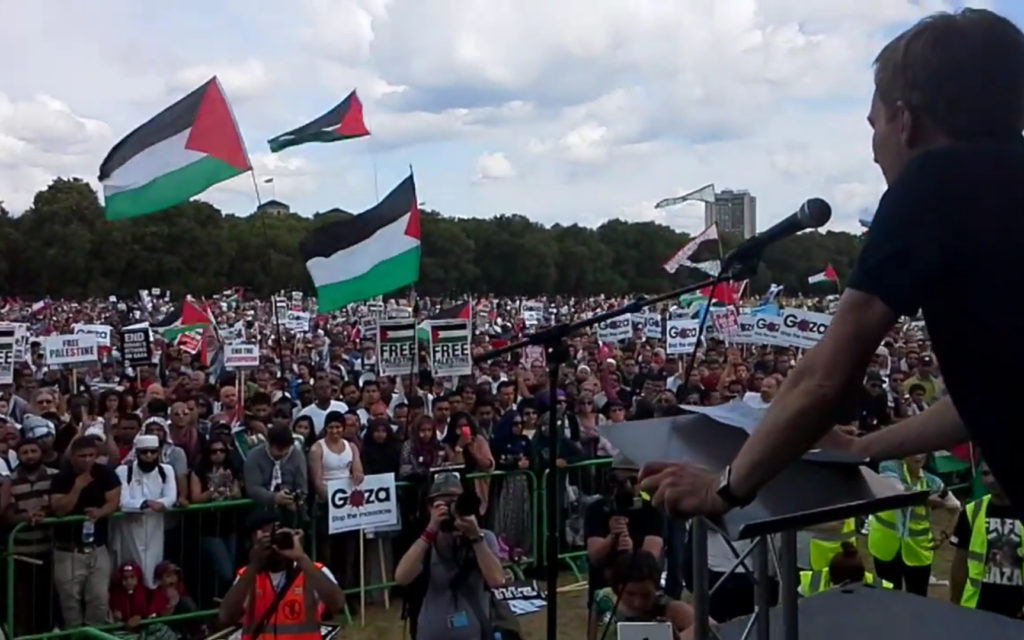 Seumas Milne speaking at a major rally against Israel