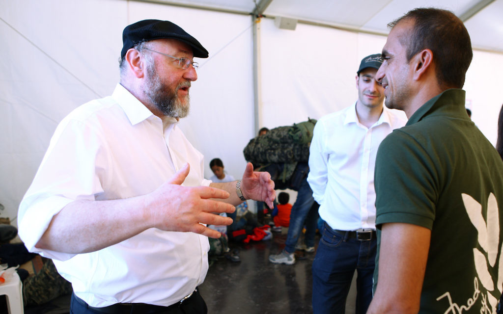 The Chief Rabbi in Greece, speaking to refugees