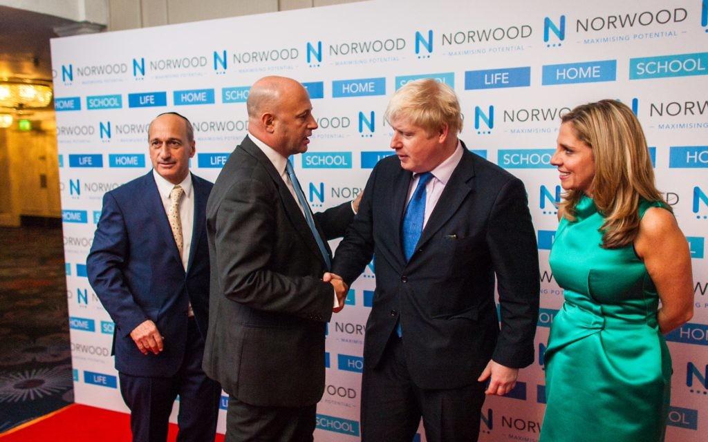 Lord and Lady Mendelsohn greeted by London Mayor, Boris Johnson (Photo credit: Sam Churchill)