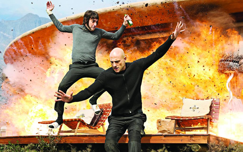 Sacha Baron Cohen's Nobby narrowly avoids disaster in Grimsby