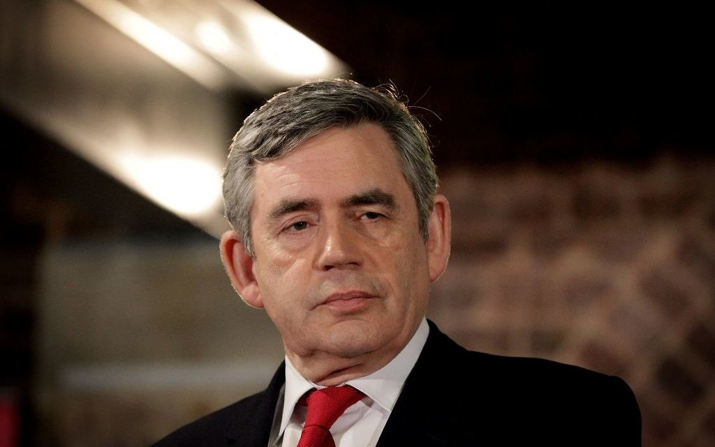 Gordon Brown calls for tougher laws to root out antisemitism on the left