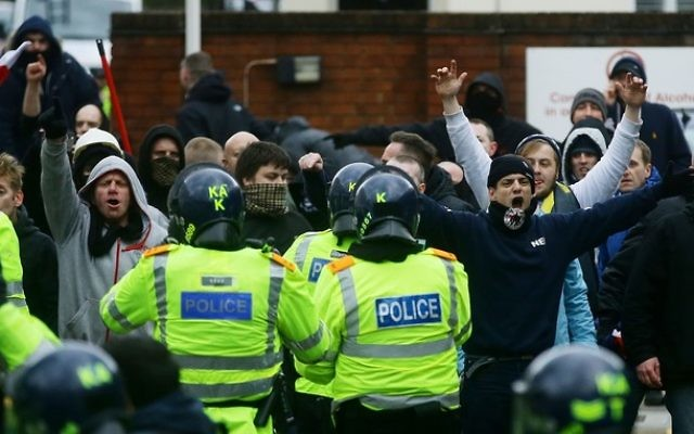 Far right protests: Vviolence in Dover