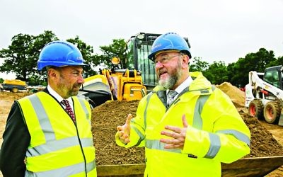 The Chief Rabbi visits the site of Bushey's new cemetery (credit: Yaki Zur)