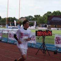 Benjy Klauber crosses finish line for Jewish Care