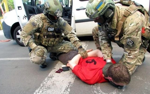 The arrest of the suspect, posted online by Ukraine's security forces (Source: @ServiceSsu)