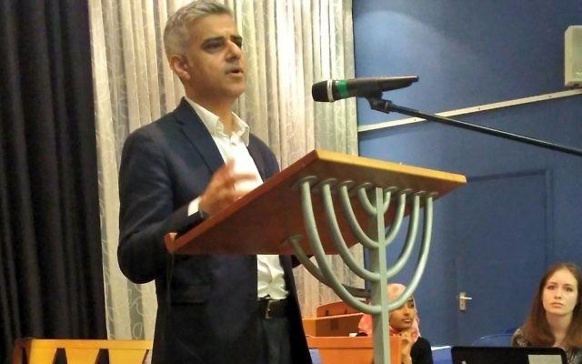 Sadiq Khan speaking at Finchley Reform shul, breaking his Ramadan fast