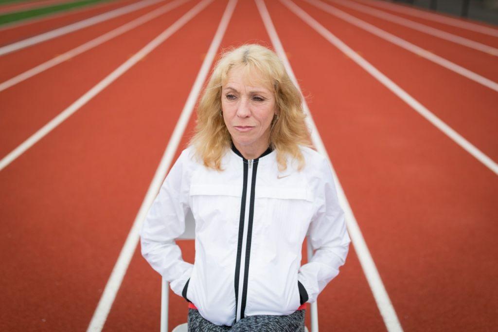 thumbnail_Mary Decker on running track 2