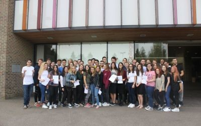 Yavneh School students celebrate their A Level results