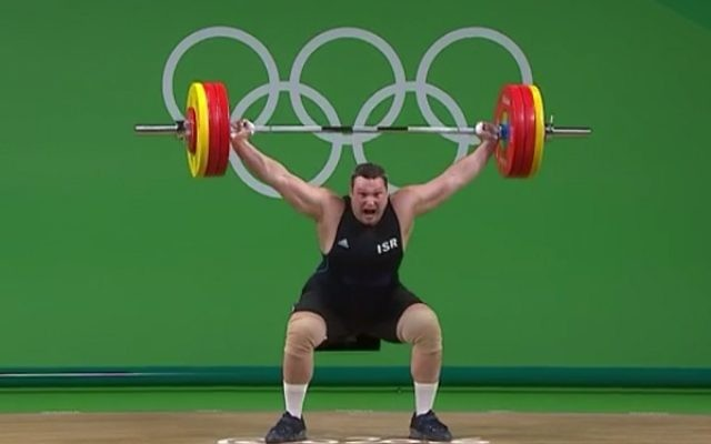 Igor Olshanetskyi successfuly lifted 160kg