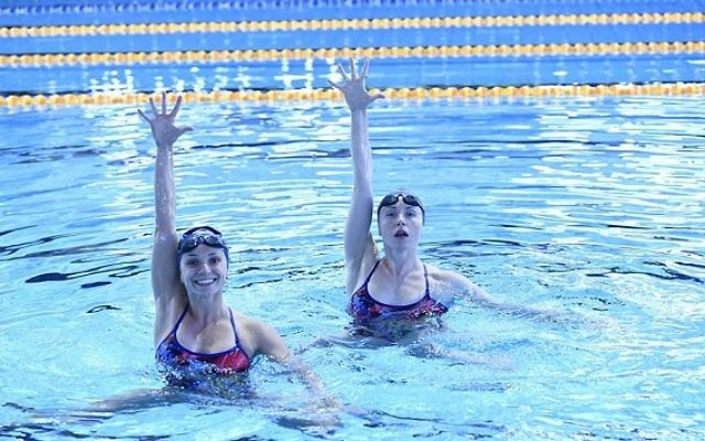Israel's synchronised swimmers