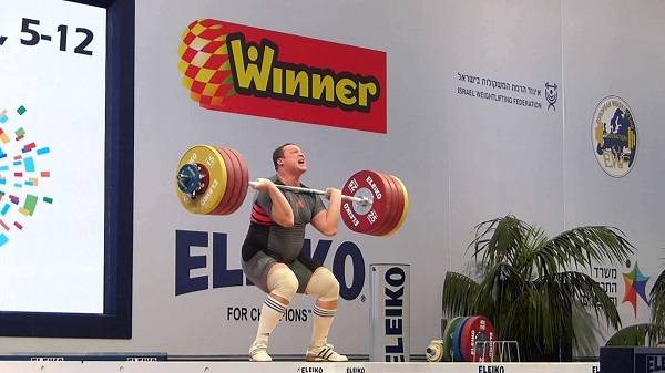 Weightlifter Igor Olshanetskyi