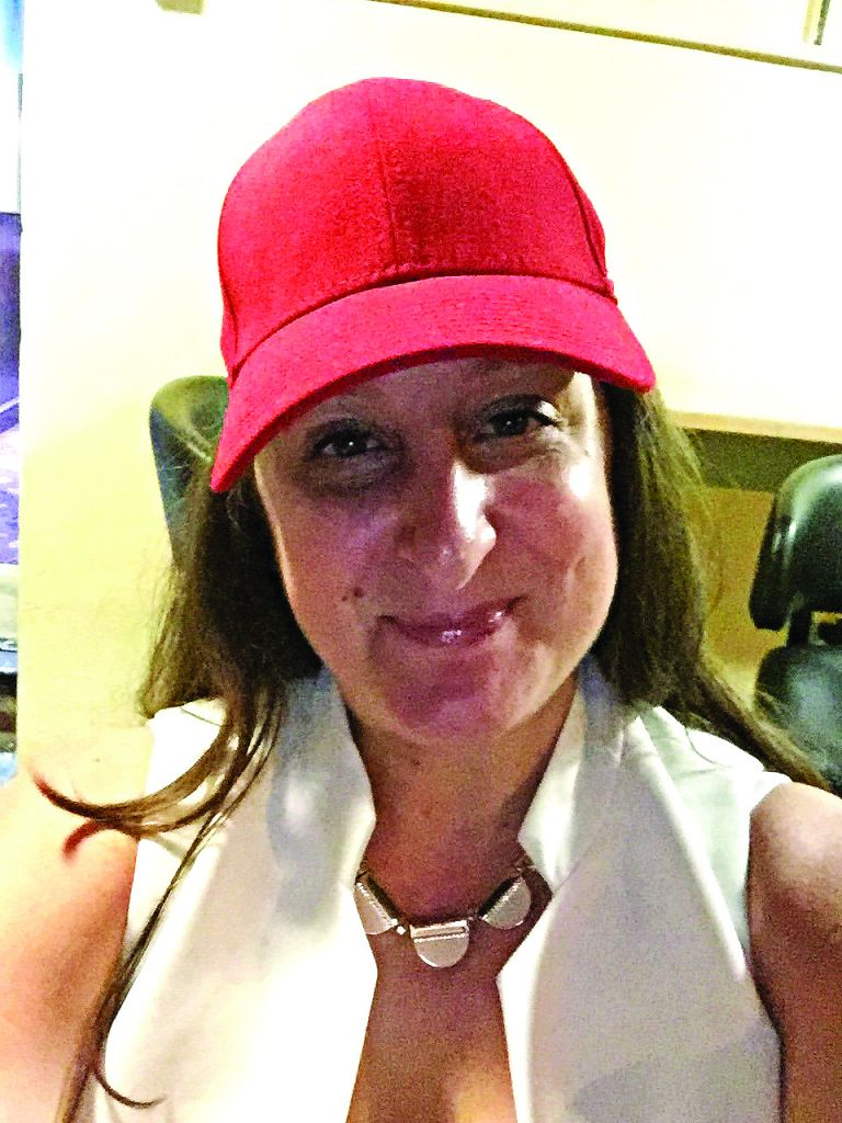 Honey G without the shades