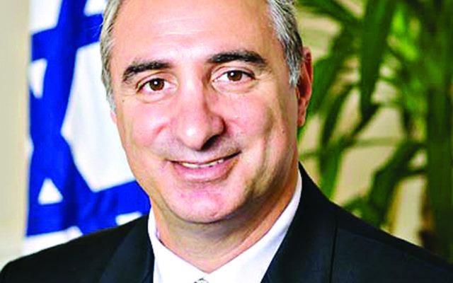 Eitan Na'eh