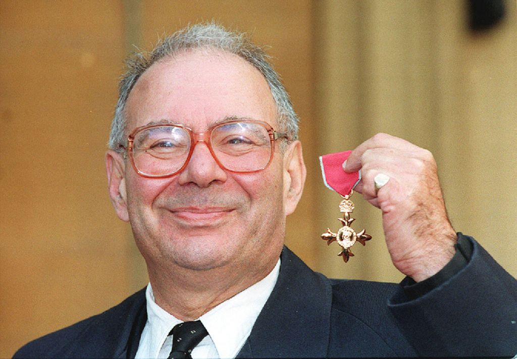 Rabbi Lionel Blue receiving his OBE at Buckingham Palace (Photo credit should read: PA Wire)