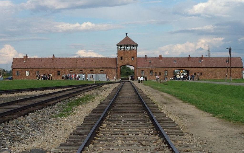 Angela Merkel visits Auschwitz-Birkenau for first time while in office