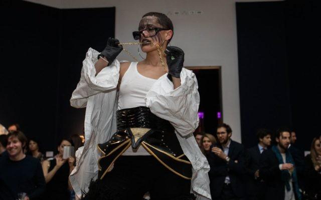 Lady Vendredi performance