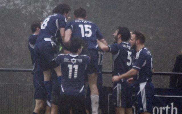 Oakwood celebrate their last-minute win