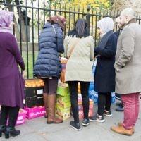 Jewish and Muslim volunteers on Sadaqa Day