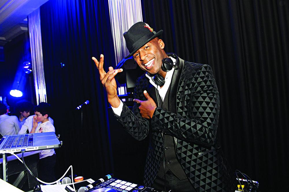 DJ KNIGHT smile