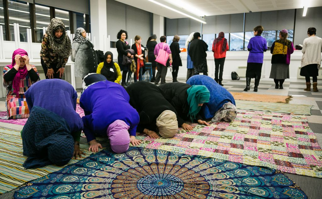Muslim and Jewish women in prayer during the conference (Picture credit: Yakir Zur)