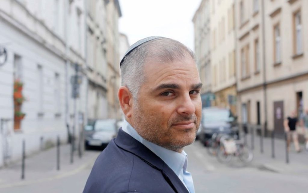 Rabbi Avi Baumol is the Rabbinic Representative of the Chief Rabbi of Poland, in Krakow, Emissary, Shavei Israel, and is both based in and supported by JCC Krakow