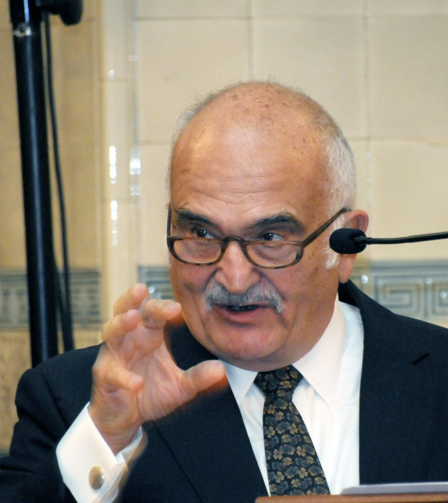 Prince Hassan of Jordan addressing guests during the dinner Credit: John Rifkin photography