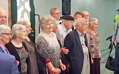 Some of the Kindertransport refugees saved by Sir Nicholas Winton   (Credit: @RehakLubomir on Twitter)