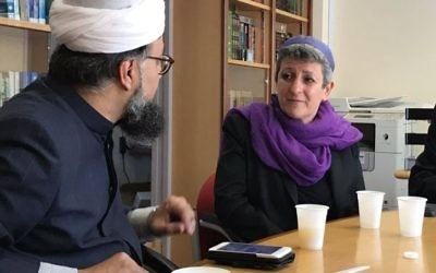 Rabbi Laura (left) with Imam Irfan Chishti at the mosque in Manchester