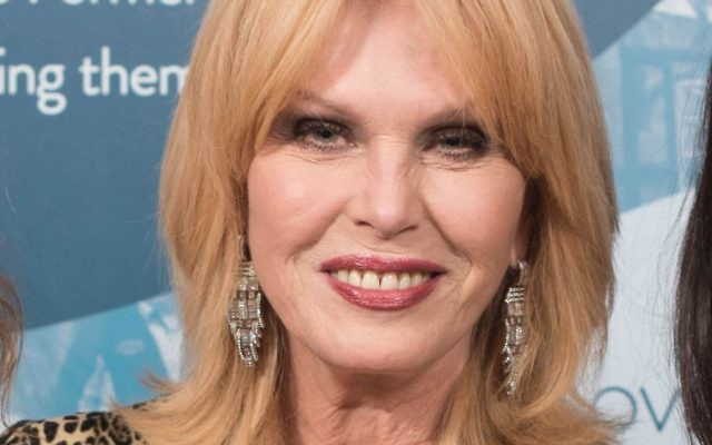 Joanna Lumley at the Tikva dinner   (Photo credit: Blake Ezra photography)
