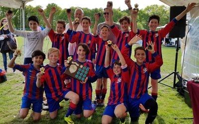 NWLJ celebrate their trophy win