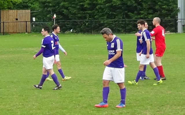 Redbridge players at the end of their 4-3 defeat to Hendon