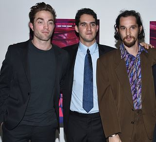 Robert Pattinson with the Safdie Brothers
