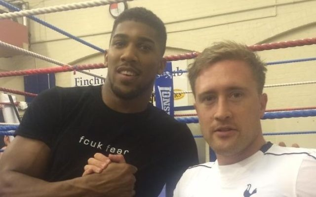 London Lions assistant manager Darren Yarlett meeting up with Joshua at Finchley Amateur Boxing Club