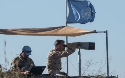United Nations staff at an outpost overlooking the Golan Heights    Photo by: Ayal Margolin- JINIPIX