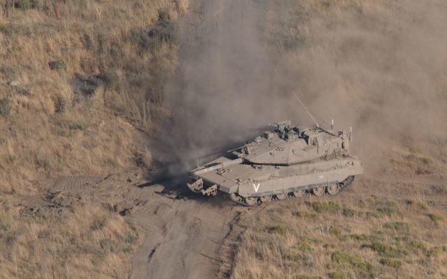 An Israeli tank     Photo by: Ayal Margolin- JINIPIX