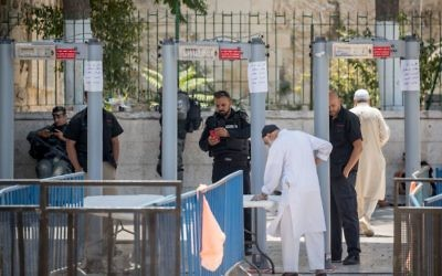 Palestinians Muslim worshippers  over the age of 50 being allowed to enter the Al Aqsa compound through controversial metal detectors  Photo by: JINIPIX