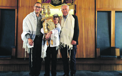 Final simcha: Rabbi Steven Katz, right, with barmitzvah boy Daniel Fields and Dr Paul Fields