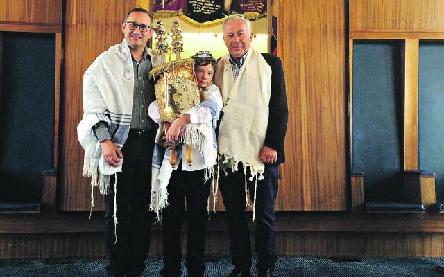 Final simcha: Rabbi Steven Katz, right, with barmitzvah boy Daniel Fields and Dr Paul Fields