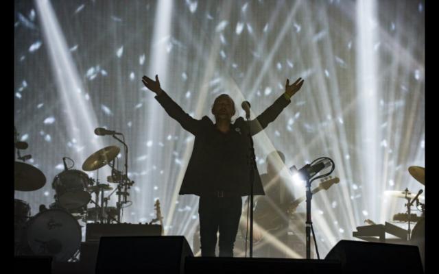 Radiohead's frontman Thom Yorke thanks his adoring fans