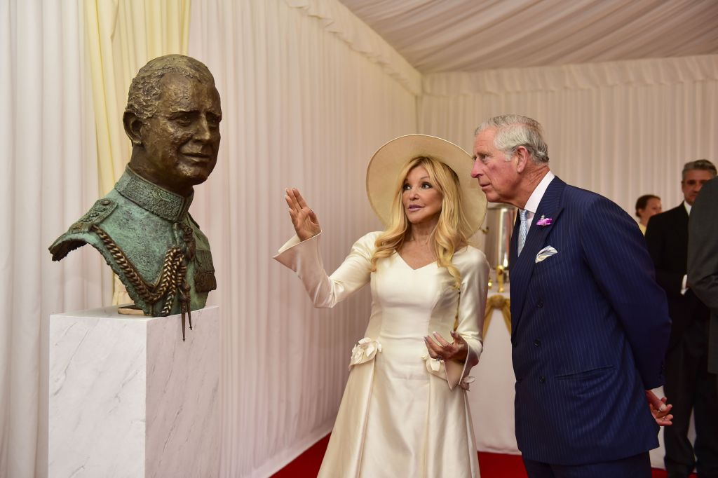 Frances Segelman with HRH Prince Charles, and her sculpture of the heir to the throne