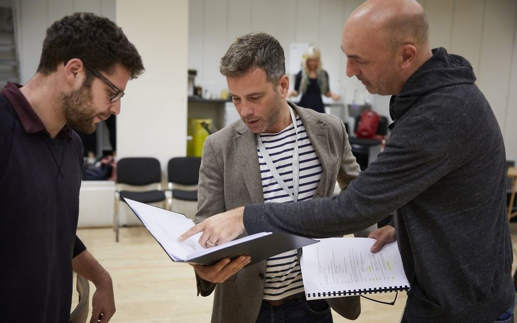 Oslo's assistant director Oscar Toeman, with actors Yair Jonah Lotan and Daniel Stewart