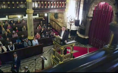 Chief Rabbi Mirvis address New West End Synagogue during the Balfour 100 event    Source: Screenshot from video