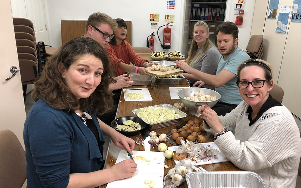 Rabbis Sandra Kviat, Charley Baginsky and Leah Jordan and the Liberal Judaism staff team cooked lunch for the vulnerable young people helped at New Horizons Court in Kings Cross