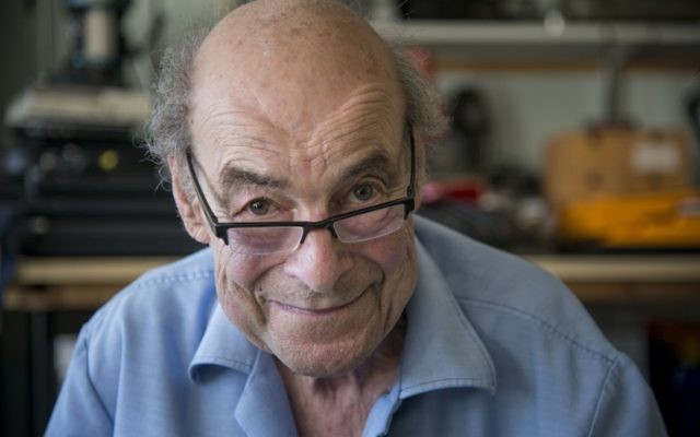 Scientist and TV presenter Professor Heinz Wolff, who has died aged 89.   Photo credit should read: Give and Take Care CIC/Brunel University London/PA Wire