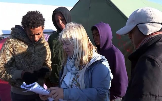 Activists working to help refugees still in Calais